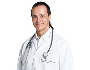 Foto Carlos Ignacio Cuervo, egresado de la maestría en tecnología de la información y comunicación en salud