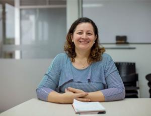 Foto de Miryan Sanches, docente de la Maestría en Medicina Tropical