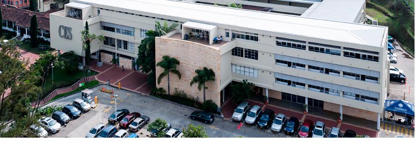Foto aérea de la universidad, que se alista para recibir a los pares académicos