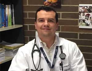 Foto Dr. Daniel Jaramillo, egresado de la Maestría en Epidemiología