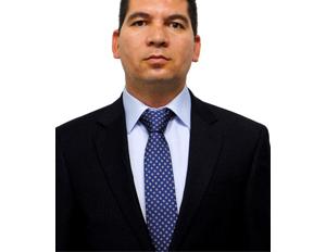 Foto de Omar Álvarez, docente de la Maestría en Bioética