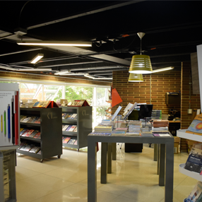 Fotografía de la Tienda U de la Universidad CES