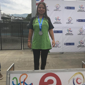 Photograph of the athlete Luisa Fernanda Arias Rayo on the podium