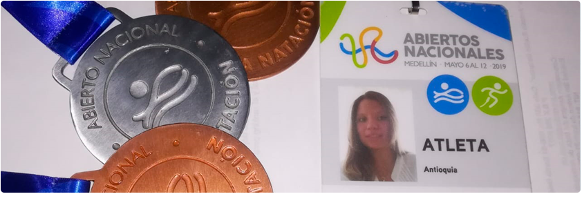 Photograph of the medals that Luisa Fernanda Arias Rayo won