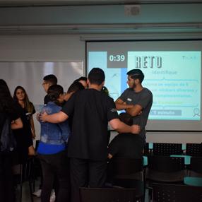 Fotografía de uno de los momentos del Hackathon 2019