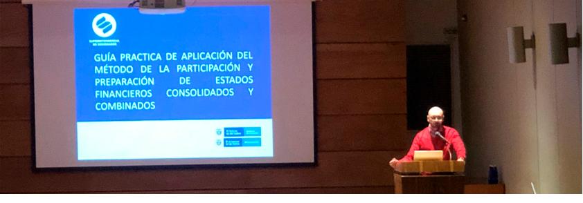 Foto de la presentación del trabajo en el Aula Máxima de la Universidad CES