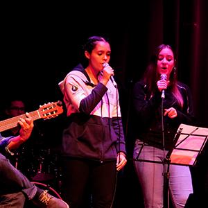 Fotografía del grupo nueva canción de la Universidad CES