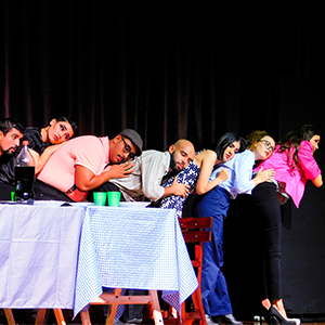 Fotografía del grupo Sinfin de teatro de la Universidad CES