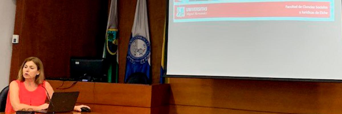 Foto- Estudiantes CES podrán estudiar en la Universidad Miguel Hernández de Elche, en España