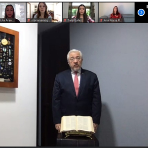 Photo of the rector Jorge Julián Osorio in the virtual graduation of students