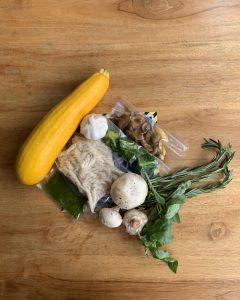 Fotografía de menú Pasta pesto empacado al vacío