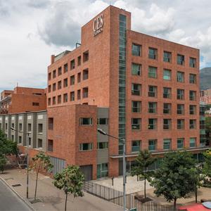 Facade of the CES Clinic