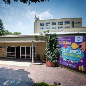 Fotografía de la fachada de la IPS CES Sabaneta