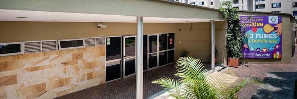 photograph of the facade of the ips ces sabaneta