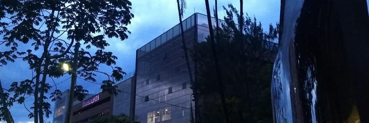 fotografía panorámica de la universidad ces